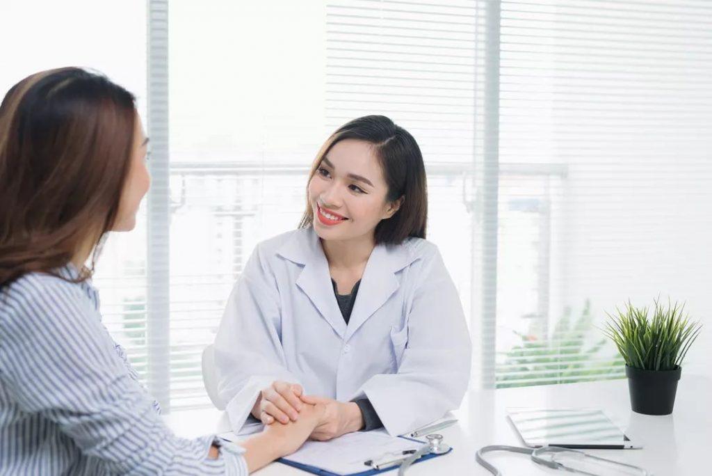 مشاوره برای تزریق ژل